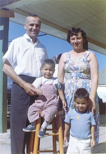 The Glica Family in McCloud, California